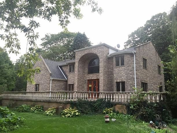 Image of rent to own home in Downers Grove, IL