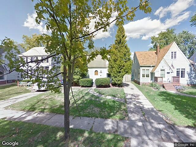 Single Family Home Home in Cleveland