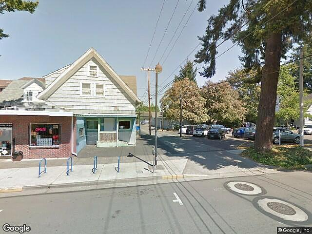 Multifamily (2 - 4 Units) Home in Eugene