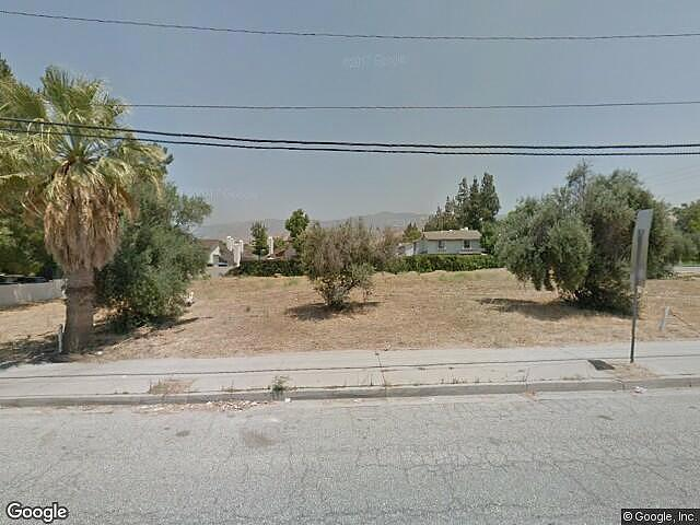 Townhouse/Condo Home in San bernardino