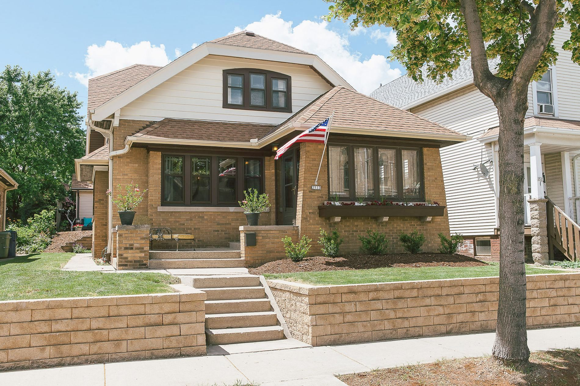 Single Family Home Home in Milwaukee