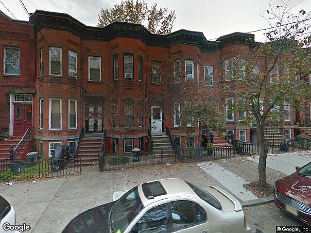 Single Family Home Home in Jersey city