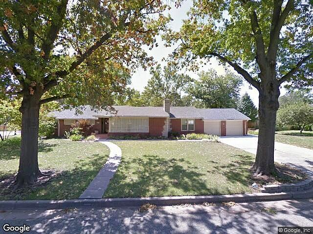 Single Family Home Home in Wichita