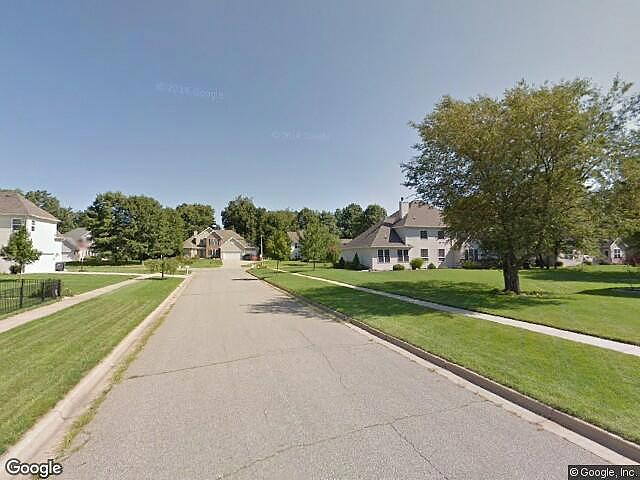 Single Family Home Home in Portage