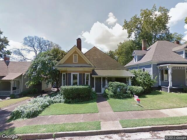 Single Family Home Home in Decatur