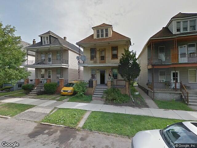 Single Family Home Home in Detroit