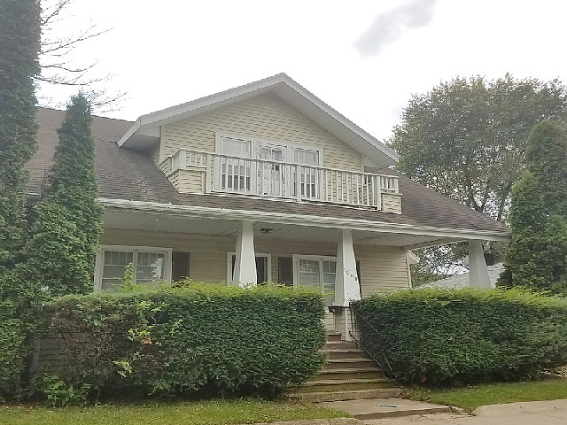 Single Family Home Home in Green bay