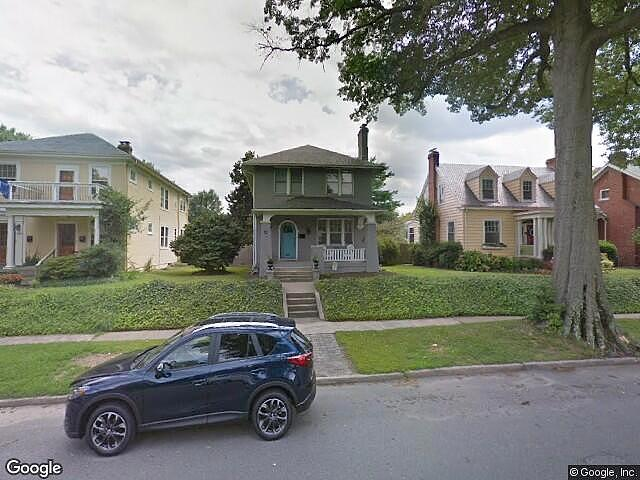 Single Family Home Home in Richmond