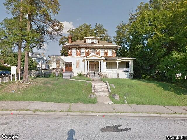 Single Family Home Home in Baltimore